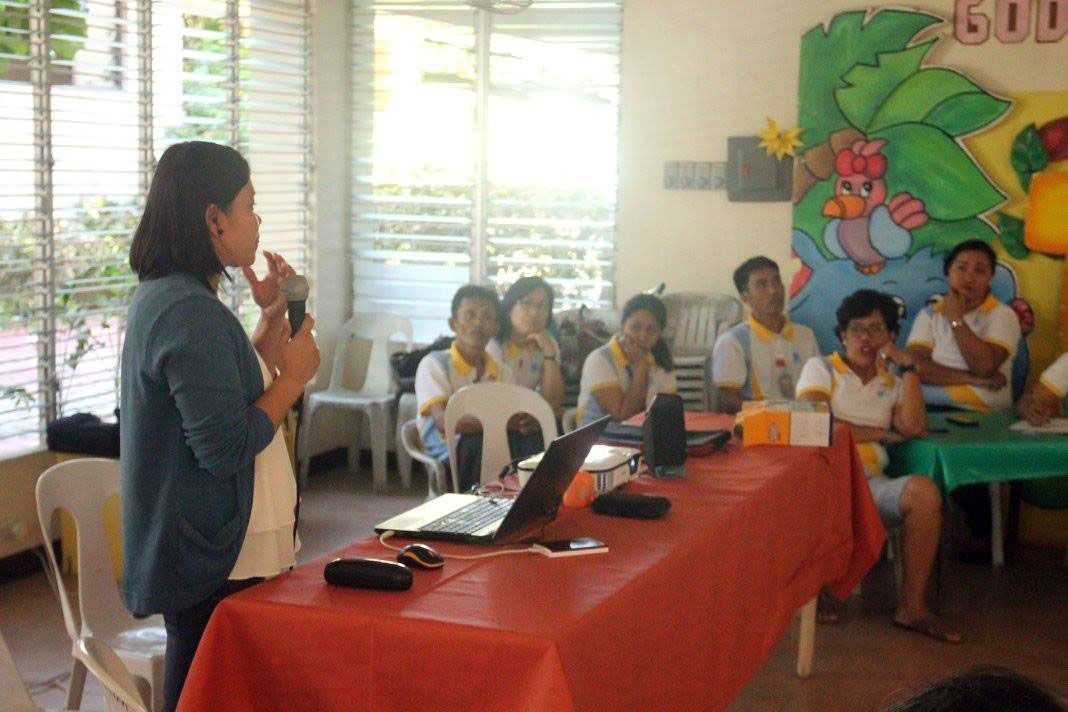 Pag-asa teacher during lectures in Cebu and Tagaytay.