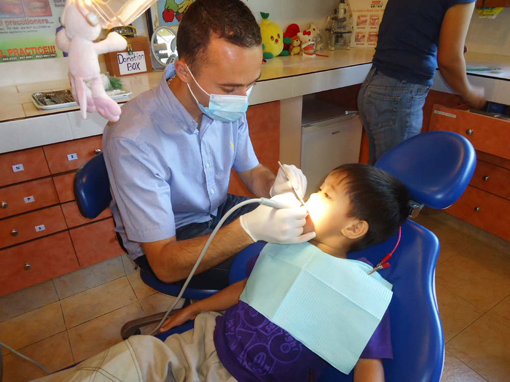 German dentist during the medical and dental mission in March 2017