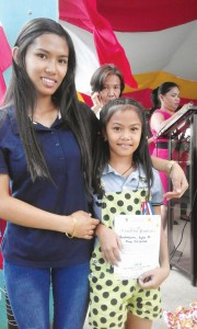 A PSC Achiever with her mom