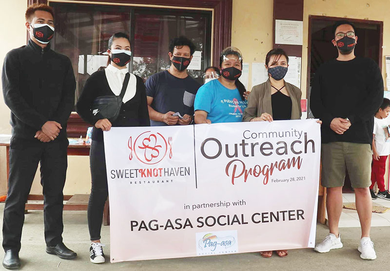 Feeding program activity in partnership with Sweet Knot Haven.